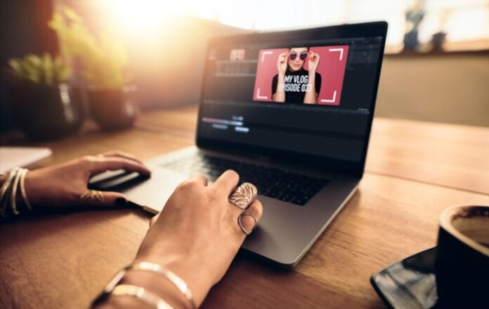 What is Fashion and Lifestyle Blog Theme?